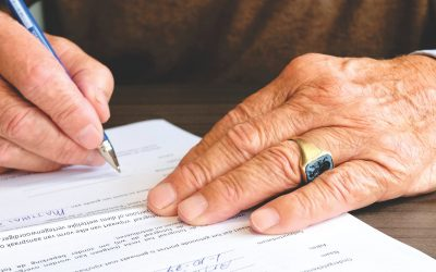 From Peoplehype – divorce lawyers (and your spouses) are sneaky